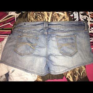 Sz 19 Decree Blue Jean Shorts
